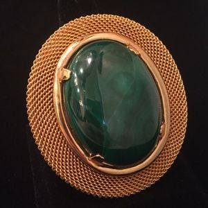 Jewelry - Green Malachite and Gold Oval Broach